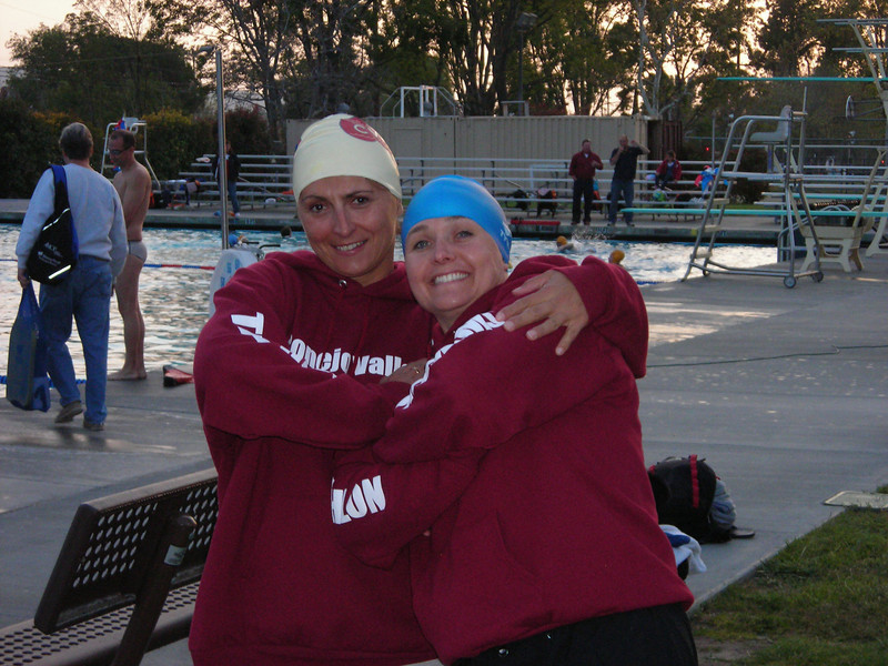Beata and Tara get ready to rule the pool!<br /> Brad and Steve try to get an edge with a little more warm-up.