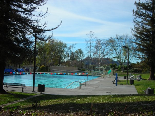 The Rancho Simi Pool in the winter...