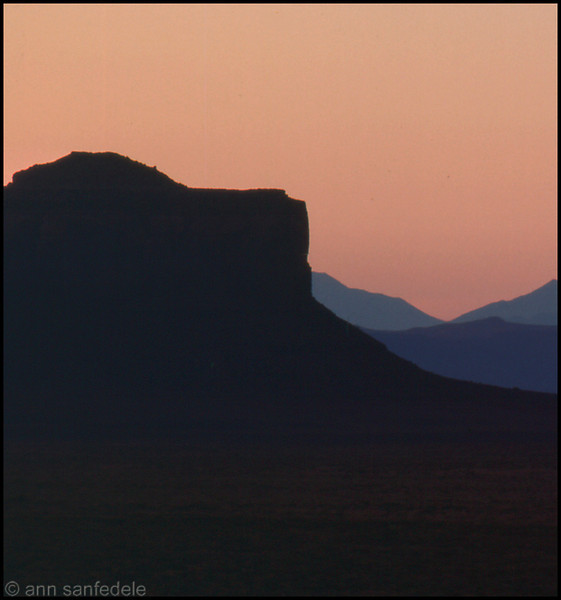 Monument Valley, Utah - looking west from Goulding's