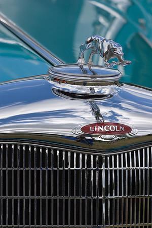 1933 Lincoln Navigator