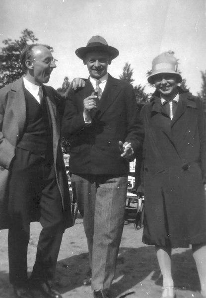 From left: Walter Beck, Oskar Schlemmer,<br /> Gunta Stölzl, circa 1927
