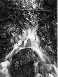 Intermittent Waterfall