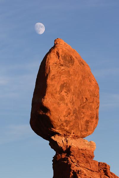 Sunset. Balanced Rock.