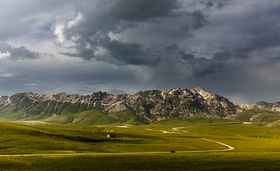 Campo Imperatore in afternoon light