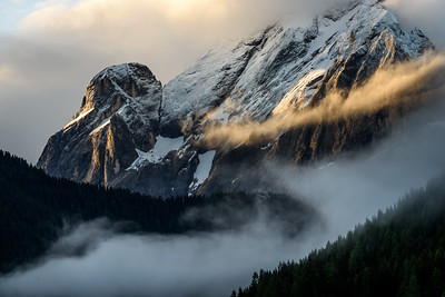 Morning light on the mountains