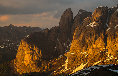 This photo was shot during the Dolomites June 2019 photo workshop. See workshops here https://www.hanskrusephotography.com/Hans-Kruse-Photo-Workshops/Workshops