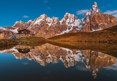 This photo was shot before the Dolomites West October 2010 photo workshop.