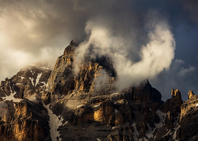 Light, clouds and mountains