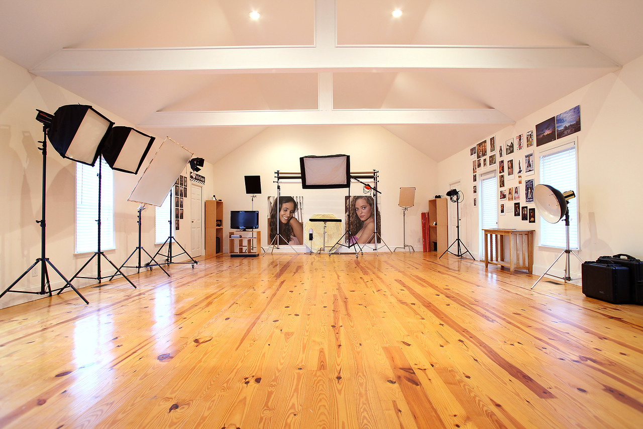 1200 Sq. Ft. fully functional studio, with 2 dressing areas, situated on a 14 acre rural setting with multiple shooting areas outside.          Workshops Option 1 $225.00 Option 2 $75.00