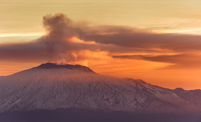 Etna waking up