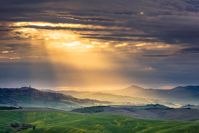 Tuscan lamdscape in the light