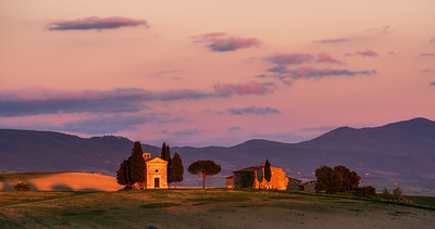 Capella della Madonna di Vitaleta at sunset
