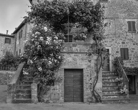 Monticchiello , Tuscany  B&W