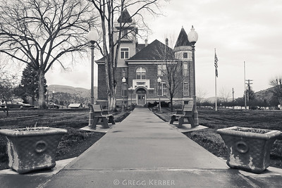 Wheeler County Court House in Fossil