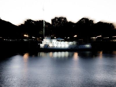 Mild zoom blur