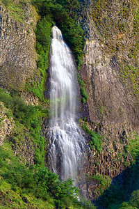 Upper Mist Falls