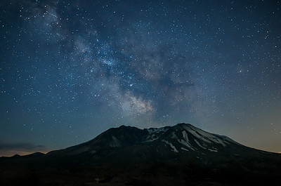 Milky Way over Mount Saint Helens (3)