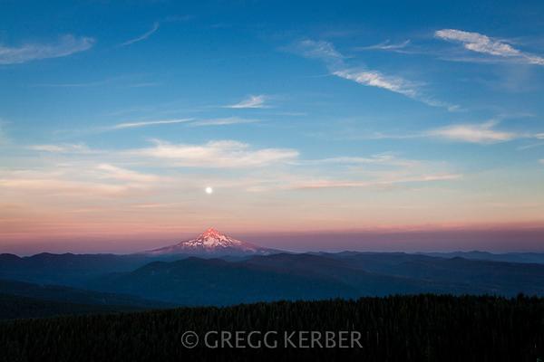 Super moon over Mt Hood