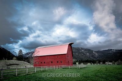Joseph - Buckhorn Barn 1816 hand painted barn (Hurricane Creek Rd south of Pine Tree Rd)