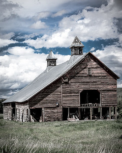 Old barn near Lostine (Jim Town Rd and Clark Ln)