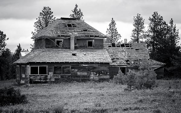 Abandoned house near Enterprise