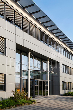 Pierburg Headquarters, Leuschstrasse, Neuss
