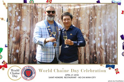 WefieBox-Photobooth-Vietnam-World-Chaine-Day-2018-in-Vietnam-ChaineVietnam-ChaineDesRotisseurs--02