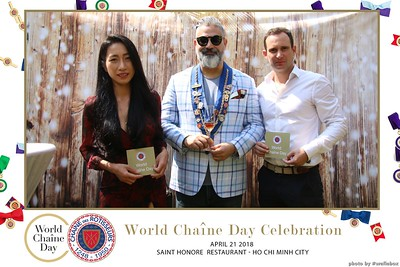 WefieBox-Photobooth-Vietnam-World-Chaine-Day-2018-in-Vietnam-ChaineVietnam-ChaineDesRotisseurs--04