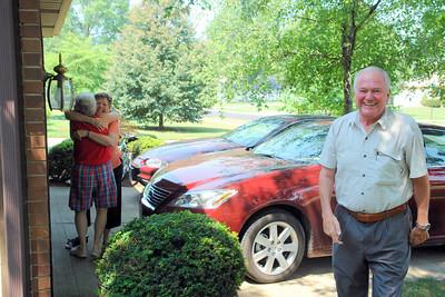 Penny welcoming Linda.