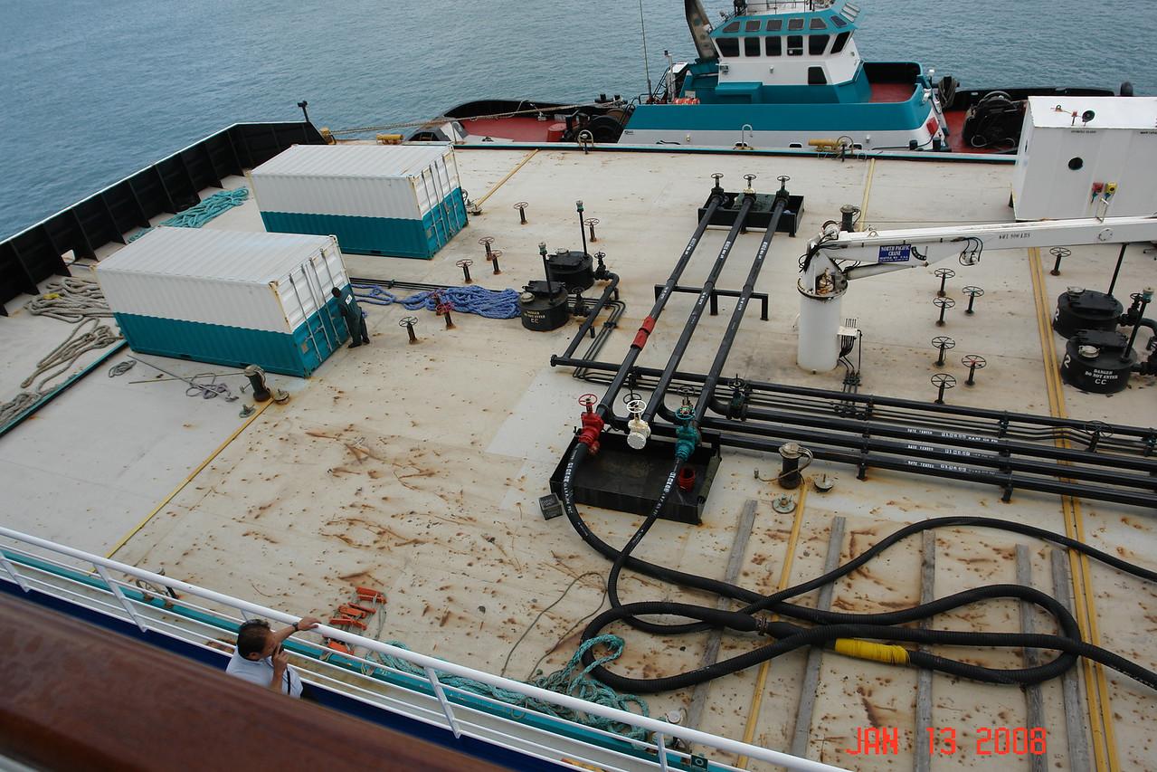 Refueling barge