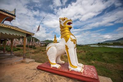 Gaurdian Lion Statue