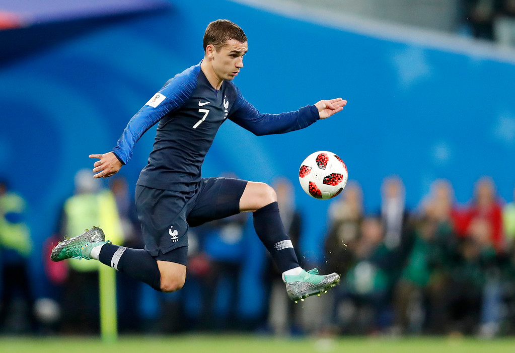 . France\'s Antoine Griezmann controls the ball during the semifinal match between France and Belgium at the 2018 soccer World Cup in the St. Petersburg Stadium, in St. Petersburg, Russia, Tuesday, July 10, 2018. (AP Photo/David Vincent)