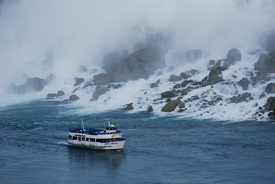 Maid of the Mist - Niagara Falls.
