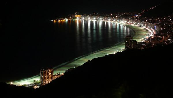 Copacabana Beach at night - Rio de Janeiro, Brazil (2007). Copyright © 2007 Alex Emes