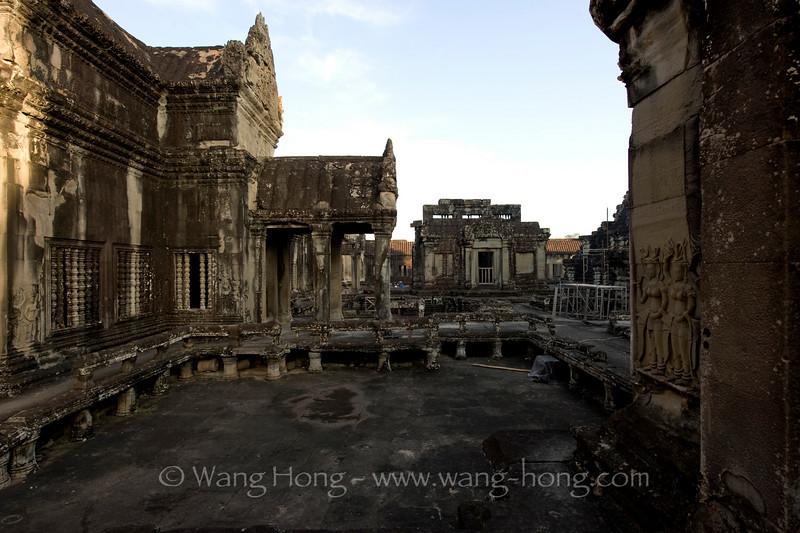Angkor Wat, second level