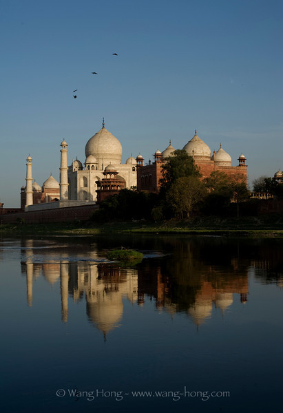 Taj Mahal shortly before sunset, over Yamuna River
