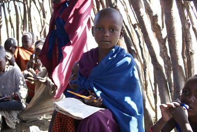 TANZANIA MAASAI VILLAGE 2007-12-14 Maasai people in a village in Tanzania Photo Maria Langen / Sverredal & Langen AB