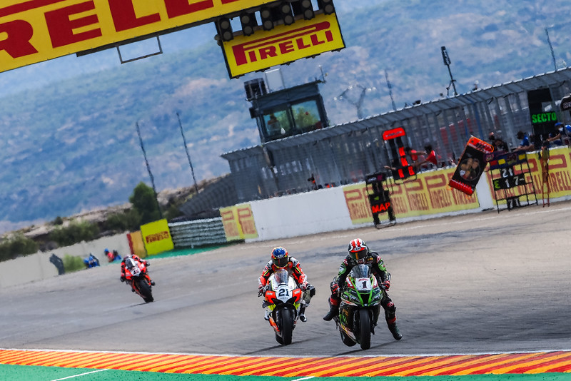 Jonathan Rea & Michael Ruben Rinaldi at Aragon - Photo credit WorldSBK