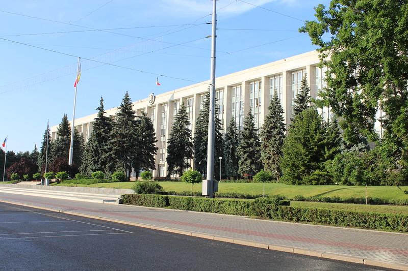 Government House (Casa Guvernului), Chișinău