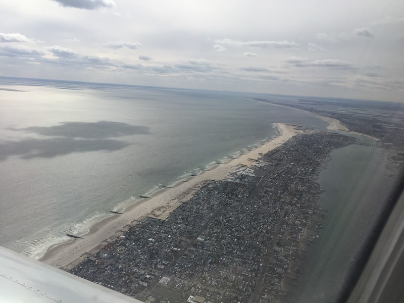 Approaching Runway 31L JFK New York - over Anchor Estates, Long Beach