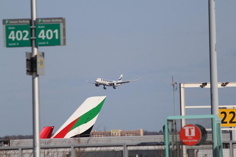 Finnair A330-300 OH-LTT (AY5 from Helsinki) Landing JFK Runway 4L