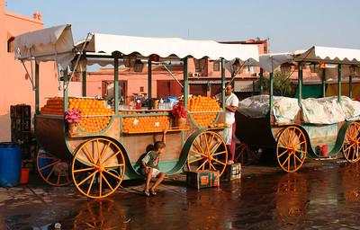 Fresh orange juice (Marrakech's Djemaa el Fna square)
