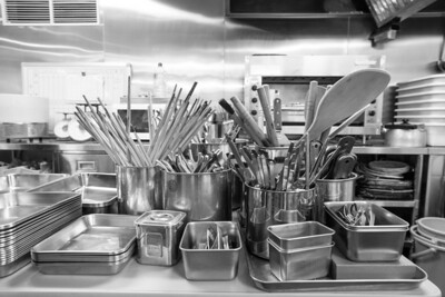 Sushi utensils
