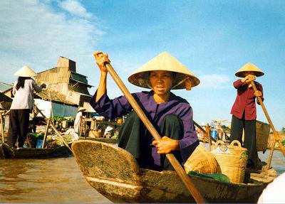 02 Floating market (Cantho)