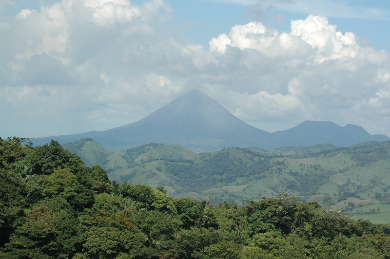 After a long drive towards the hotel, the volcano cam into view for the first time.