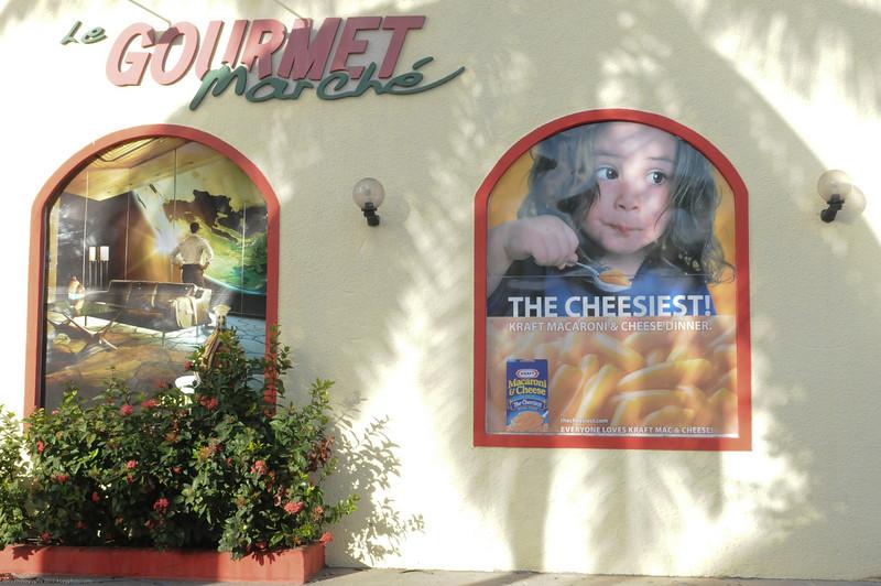 """Kraft Mac-n-cheese in a """"Gourmet"""" market???"""