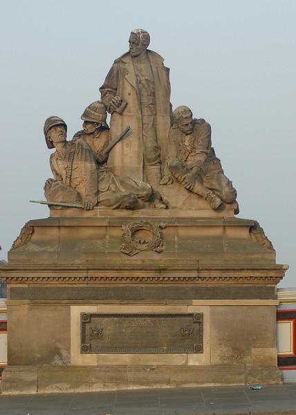 Statue on the North Bridge (inscription is on next photo)