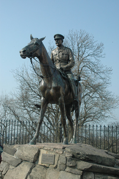 """Earl Haig statue.  Inscription: """"This statue was presented to the city of Edinburgh by Sir Dhunjibhoy Bomanji of Bombay in admiration of the service rendered to the British Empire by the field marshall""""  Despite this, he had the nickname """"Butcher of the Somme"""" because he often gave orders that led to excessive casualties."""