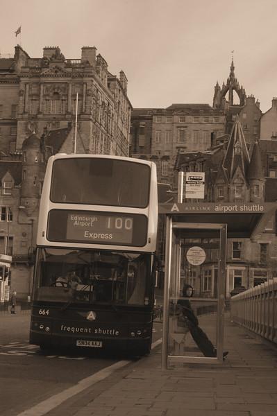 Bus on Waverly Bridge