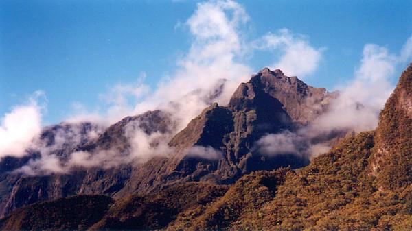 L'Ile de la Réunion (May 2000)
